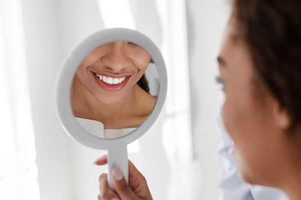 Undergo A Smile Makeover To Improve Your Smile